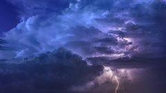 雷雨天气对航班的影响